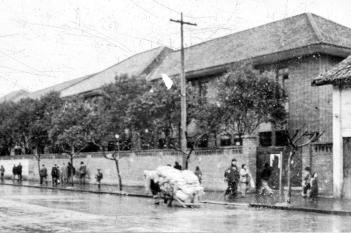 1952年扩建后的门诊部