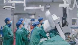 市级公立医院首例!成都市三医院心脏大血管外科团队应用VenusA-Plus可回收输送系统成功完成高风险患者手术
