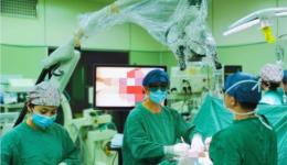 脊柱畸形矫正手术
